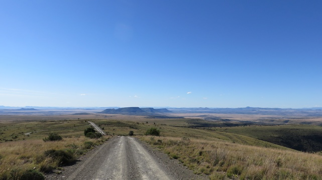 Vast open spaces at Mountain Zebra National Park with A & A Adventures
